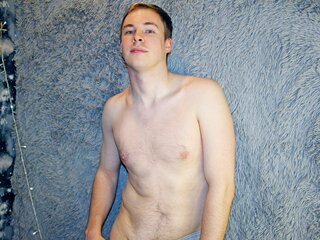 Videos pictures cam HenryHeroic